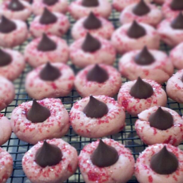 chocolate cherry almond chocolate kiss cookies cooling