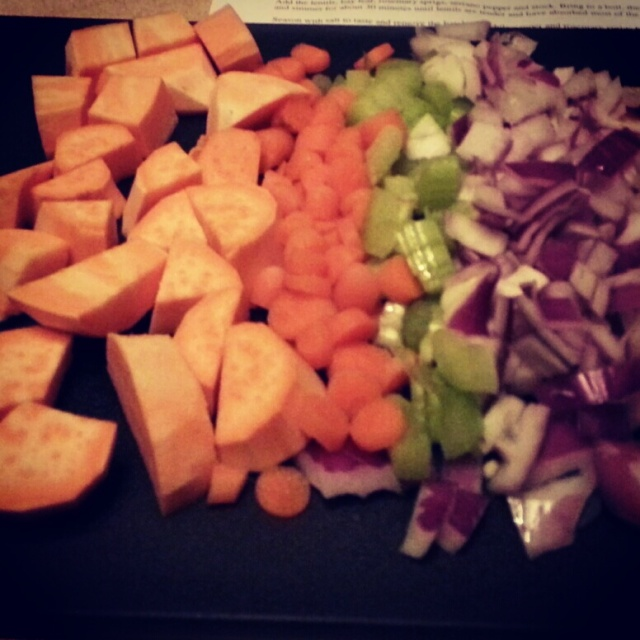 chopped veggies look so pretty don't they?