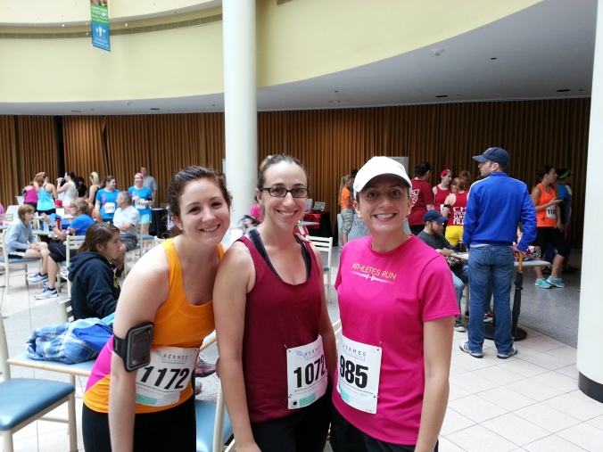 Pre-race photo opp! Cari and Reanna also rocked the race.