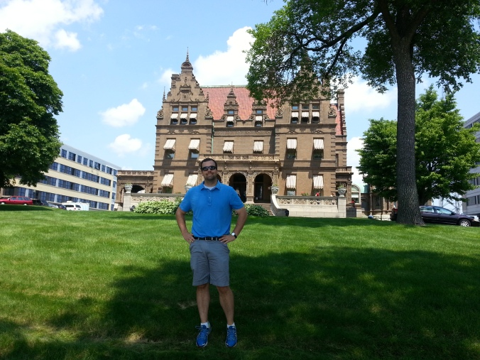 B in front of the Pabst Mansion