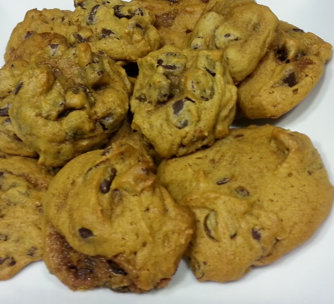 pumpkin chocolate chip cookies - i crashed the web