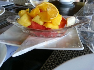 fresh fruit breakfast at sugar beach