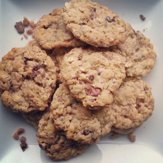 Oatmeal Heath Bar Cookies omg - i crashed the web