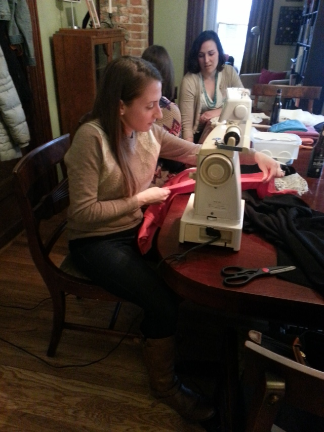 OMG I'm sewing!