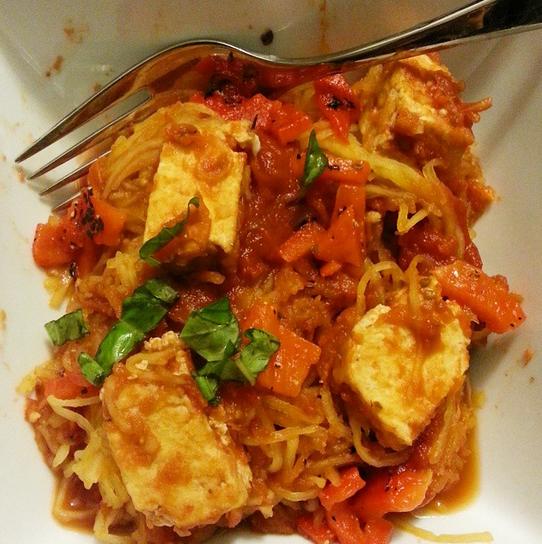 spaghetti squash with homemade spicy tomato sauce and tofu