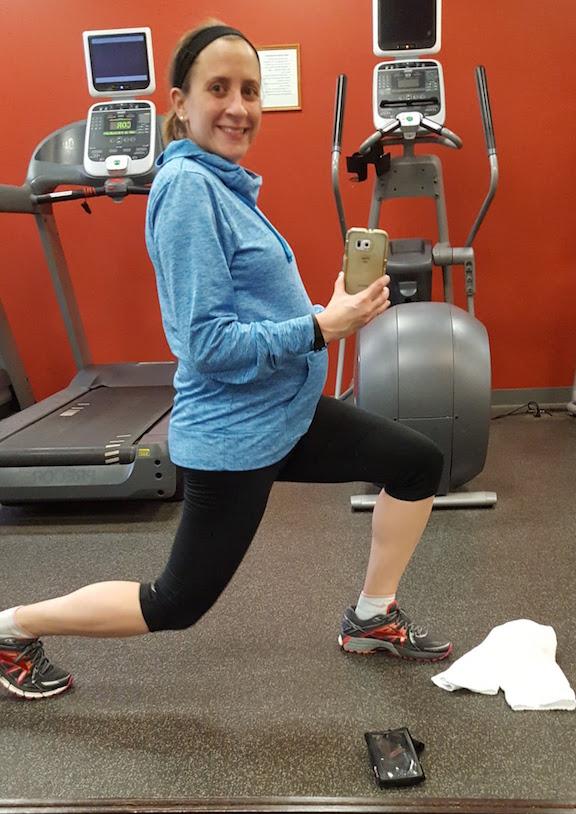 hotel gym selfie